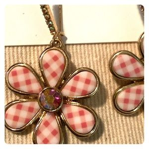NEW Betsey Johnson plaid flower drop earrings